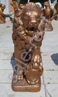 Скульптура из бетона Лев Золото стоимость +30% к цене
