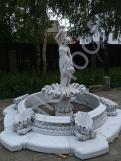 Фонтан из бетона Девушка с кувшином+чаша+основание
