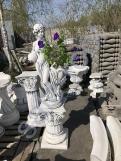 """Скульптура из бетона """"Девушка с вазой""""/Подиум С-125"""