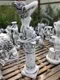 Скульптура из бетона Русалка/подиум С126