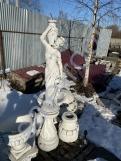 """Скульптура из бетона """"Гречанка""""+Подиум С-127"""