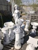 """Скульптура из бетона """"Девушка с вазой""""/Подиум С-124"""