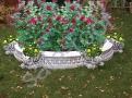 Клумба цветочная из бетона без основания